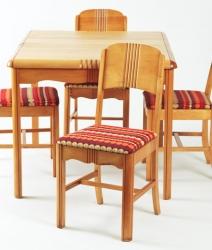 Table avec rallonge intégrée amovible + 4 chaises début 1950
